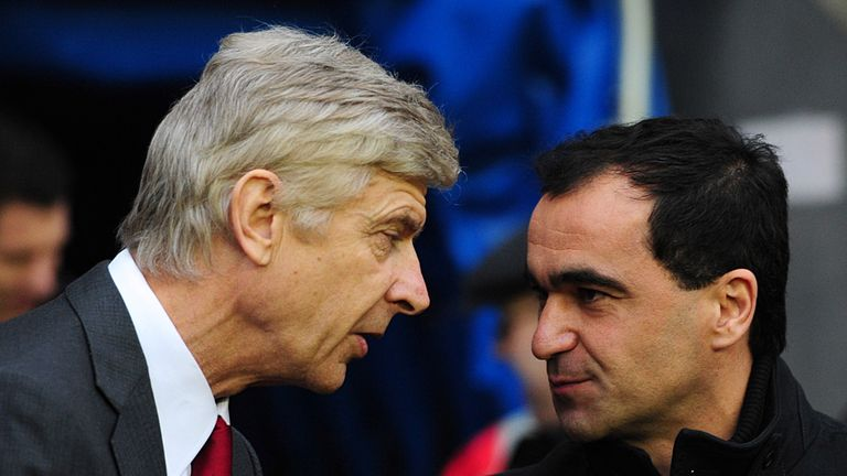 Martinez (r): With Wenger at Goodison Park