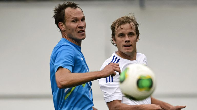 Dejan Kelhar (left): Slovenia international on trial at Sheffield Wednesday