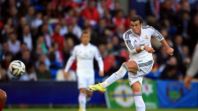 Real Madrid's Gareth Bale shoots during the UEFA Super Cup Final at the Cardiff City Stadium