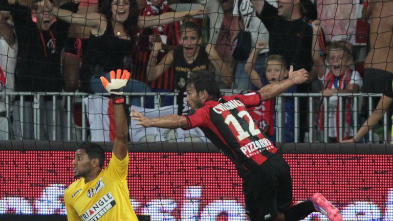 Nice's Dario Cvitanich celebrates