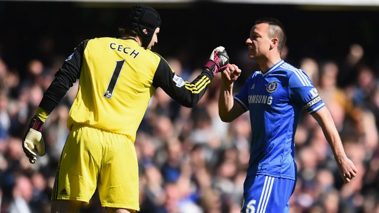 Petr Cech: John Terry aware that keeper has a big decision to make