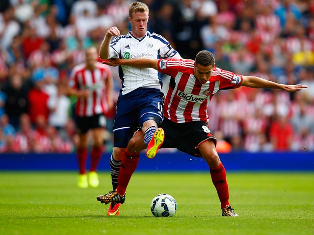 Chris Brunt of West Brom tackles Jack Rodwell of Sunderland