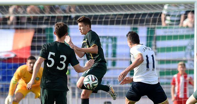 Erik Lamela scores in Tottenham's 6-1 victory over Celtic