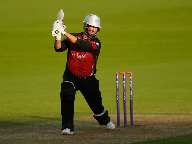 Marcus Trescothick: Scored 80 runs in Somerset's defeat