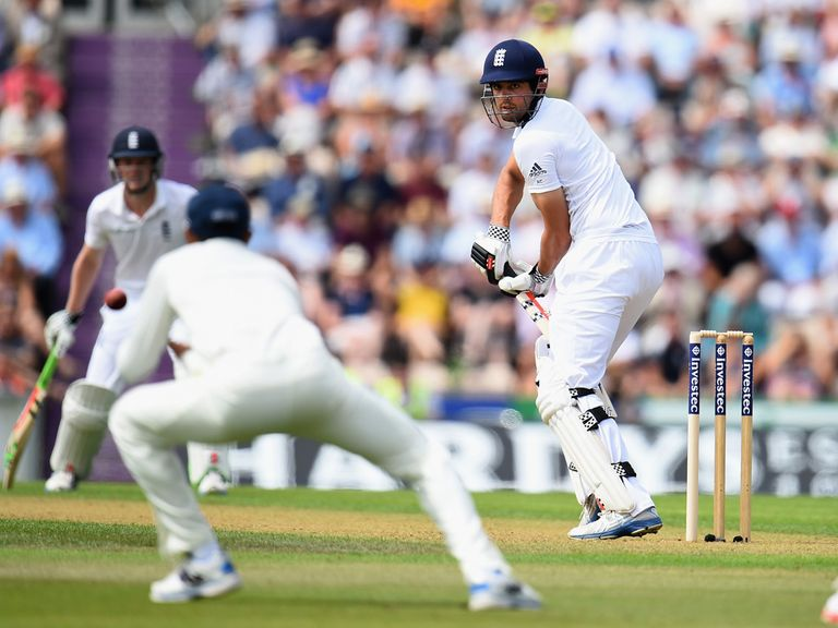 Ravi Jadeja drops Alastair Cook at the Ageas Bowl