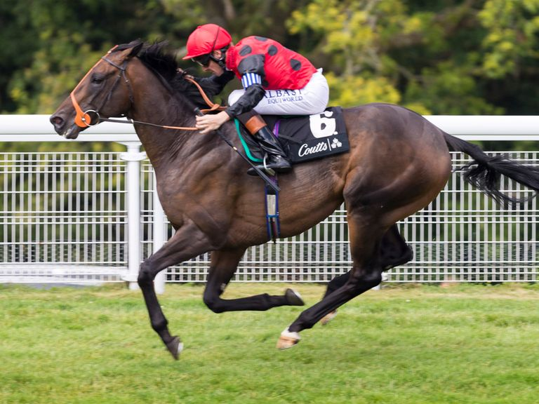 Pether's Moon wins under Richard Hughes at Goodwood