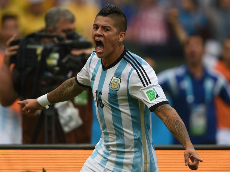Marcos Rojo: Signs for Manchester United