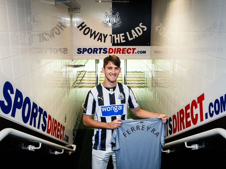 New signing Facundo Ferreyra poses at St James' Park