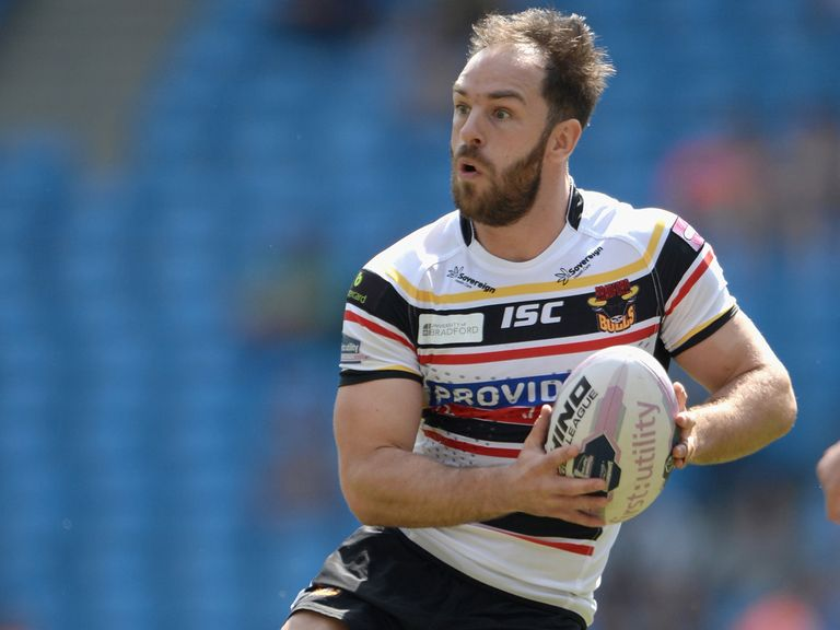 Luke Gale: Off to Castleford the the 2015 and 2016 seasons