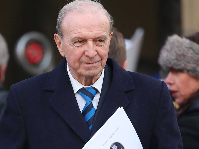 Jimmy Armfield: Praised a 'consummate pro'