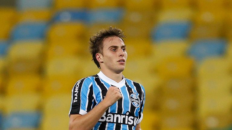 Bressan: Happy to stay at Gremio after being linked to QPR