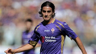 Alberto Aquilani: In the final year of his contract at Fiorentina