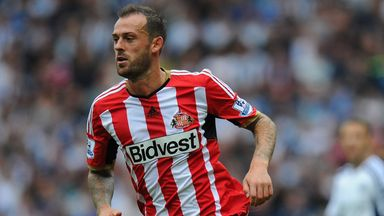 Steven Fletcher: Sunderland striker set to face Leicester