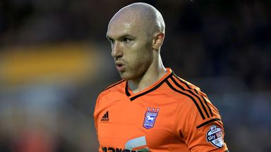 Conor Sammon: Forward swaps Ipswich loan for Rotherham loan