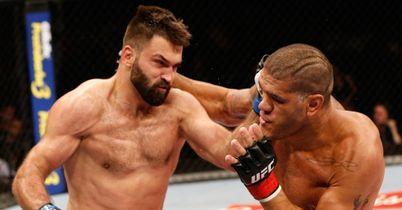 UFC: Arlovski stops Silva