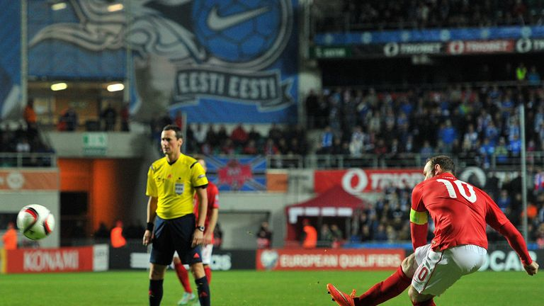 Wayne Rooney bends home the winner in Estonia