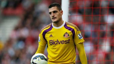 Vito Mannone: A miserable day at Southampton for Sunderland