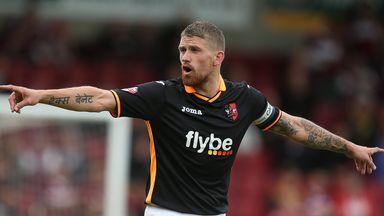 Scot Bennett: Loan switch to Newport