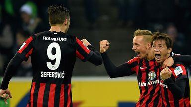 Takashi Inui and Eintracht Frankfurt celebrate