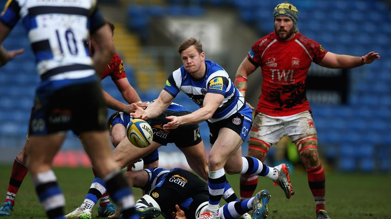 Bath scored five tries to send Welsh crashing out of the Premiership