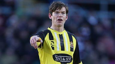 Billy Bingham has joined Crewe from Dagenham