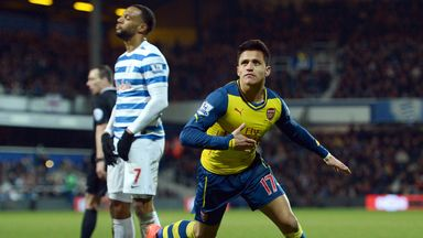 Alexis Sanchez celebrates his goal.