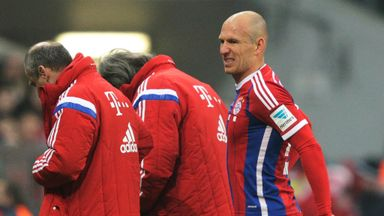 Arjen Robben: Comes off injured against Monchengladbach