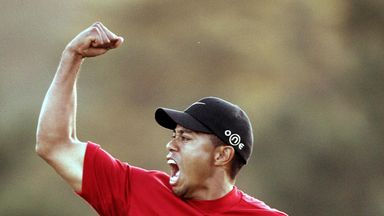 Tiger Woods of the US celebrates winning the 2005 Masters Golf Tournament Championship 10 April 2005 at the Augusta National Golf