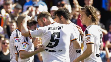 Pablo Piatti and Valencia celebrate