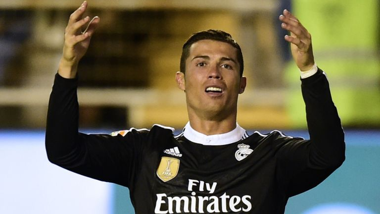 Ronaldo wrongly booked for diving video watch tv show - Cristiano ronaldo dive ...