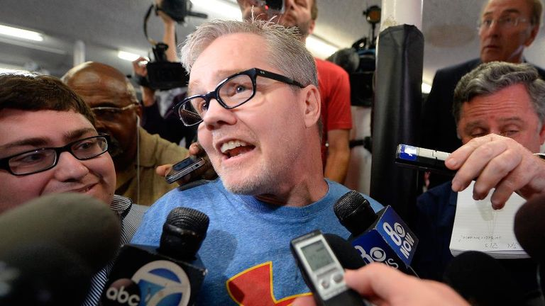 Freddie Roach says Mayweather told him a fight with McGregor would happen