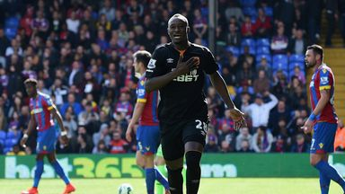 Dame N'Doye of Hull City celebrates scoring the opening goal during the Premier League match at Crystal Palace