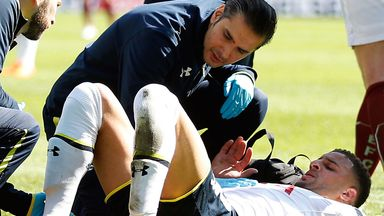 Kyle Walker: Tottenham defender receives treatment at Burnley