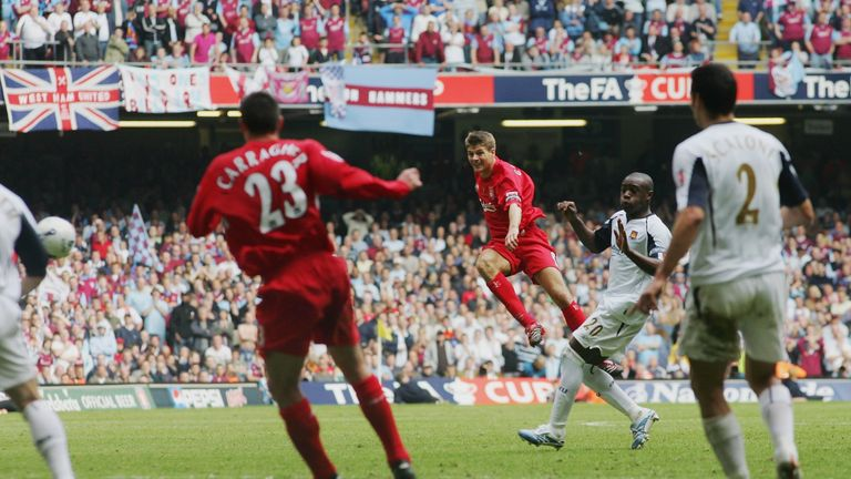 Gerrard scores a last-minute equaliser in the 2006 FA Cup final against West Ham