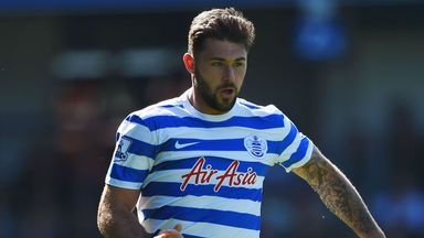 Charlie Austin has decided to stay with QPR.