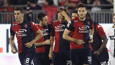 Albin Ekdal celebrates after opening the scoring for Cagliari