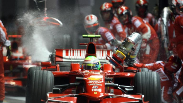 Massa's pit accident at Singapore F1 2008