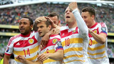 Scotland's Shaun Maloney (centre) celebrates his side's equaliser