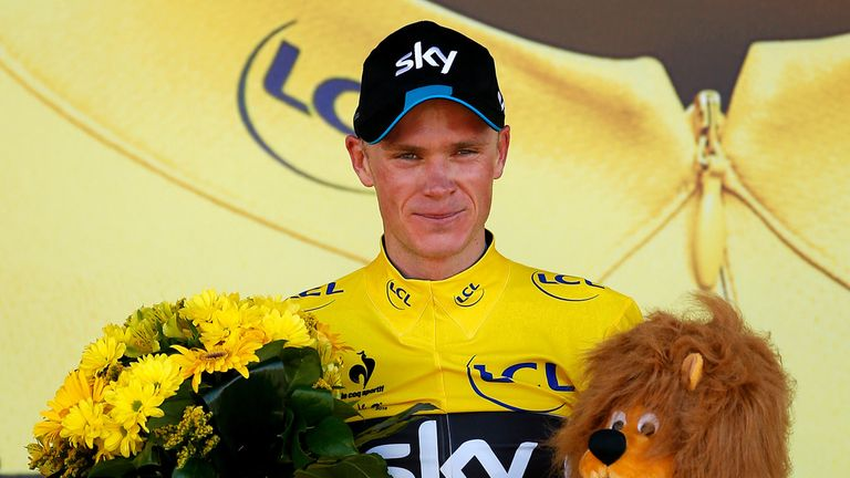 Chris Froome leads the Tour de France by 2min 57sec