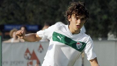 Enes Unal: Becomes Man City