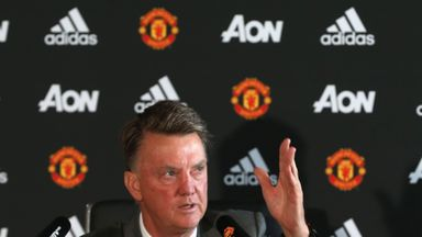Louis van Gaal's Man Utd saide 'don't dominate', says Johan Cruyff