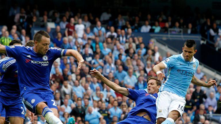 El City golea a un Chelsea en problemas