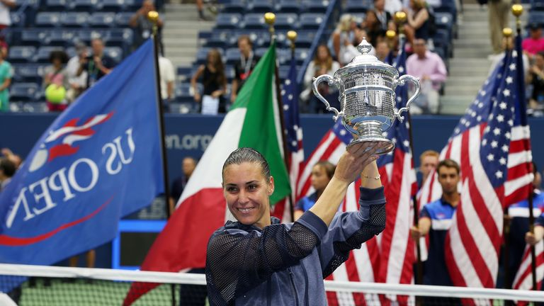 ... quarterfinal combats, second seed Simona Halep confronts seasoned  Italian Flavia Pennetta with a place in the final of the 2015 US Open on  the line.