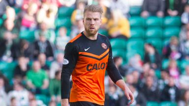Henri Anier has joined Hibernian on loan from Dundee United