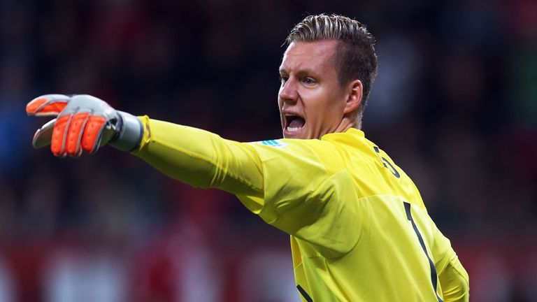 Atletico Madrid have joined the race to sign Bayer Leverkusen goalkeeper Berndt Leno