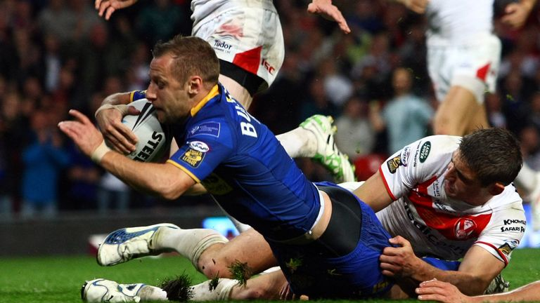 Rob Burrow's try in the 2011 Grand Final is without a shadow of a doubt the best ever score witnessed at Old Trafford