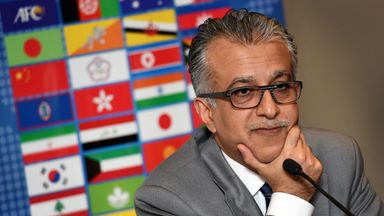 Sheikh Salman supports Qatar and its right to host the 2022 World Cup