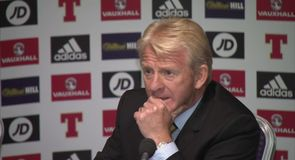 Strachan - To talk about me is wrong