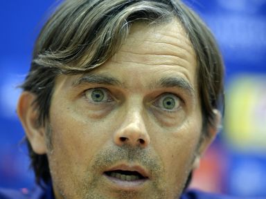 Phillip Cocu: PSV boss going for victory