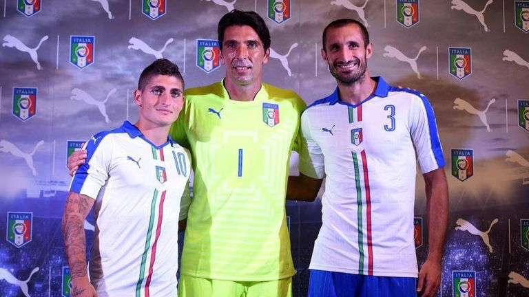 Marco Verratti, Gianluigi Buffon and Giorgio Chiellini model the away kit